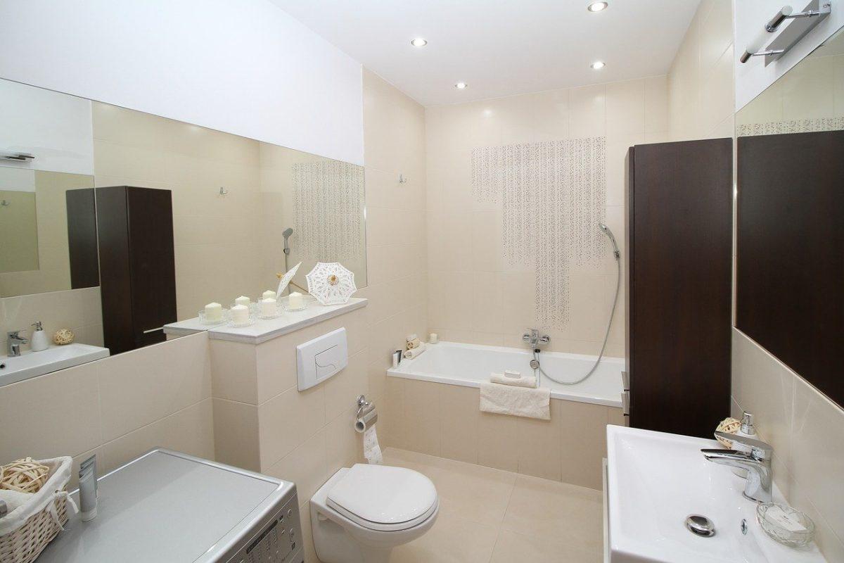 salle de bain rangée