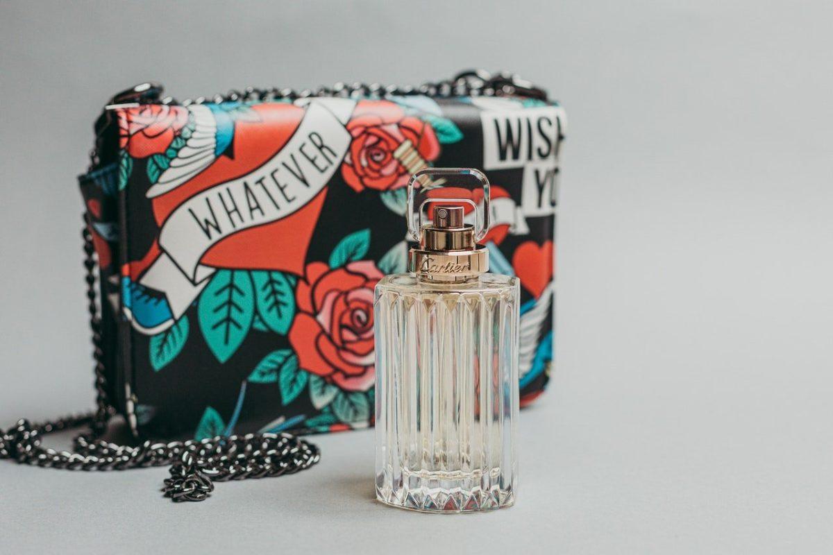 Comment bien choisir son parfum en ligne ?